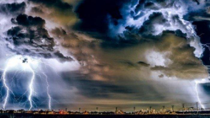 Prakiraan Cuaca Kamis 2 September 2021: 17 Kota Diguyur Hujan Termasuk Makassar, 4 Wilayah Petir