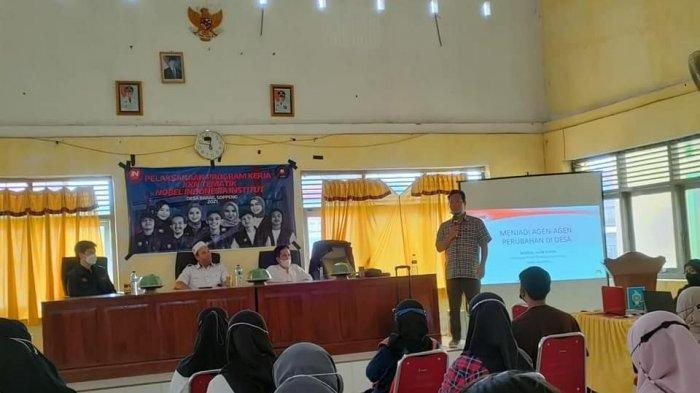 Mahasiswa KKN Tematik ITB Nobel Gelar Seminar Wirausaha di Desa Barae Soppeng