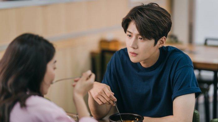 Serial drama korea Hometown Cha Cha Cha akan kembali tayang besok, Sabtu (11/9/2021)