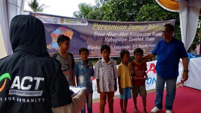 Melalui Global Wakaf-ACT, Serikat Pekerja PT Toyota Astra Motor Hadirkan Sumur Wakaf di Lombok - serikat-pekerja-pt-toyota-astra-motor5.jpg