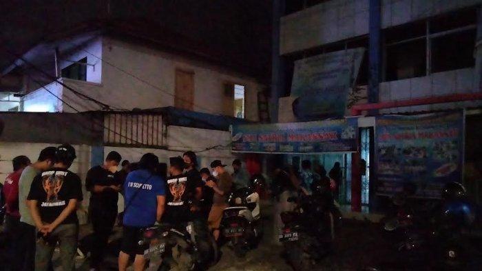 BREAKING NEWS: Mayat Pria Ditemukan di Kampus Universitas Satria Makassar