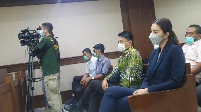 Sespri Anggia Beri Pengakuan Mengejutkan, Cewek Manado yang Diberi Mobil dan Apartemen Edhy Prabowo
