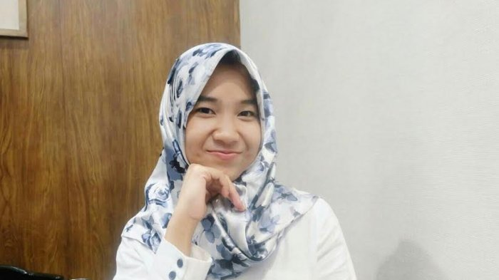 Ini Alasan Siswi SMA 17 Makassar Suka Pakai Topi Bowler