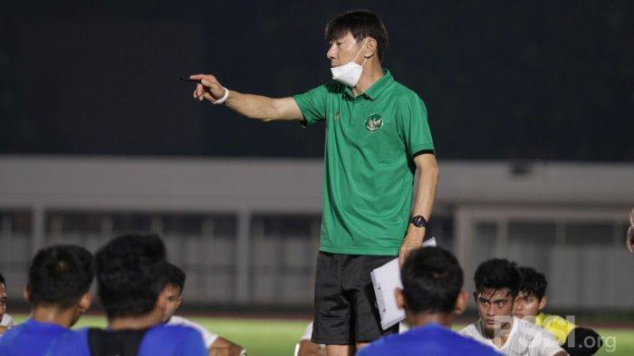 Coret Marc Klok, Shin Tae-yong Boyong 28 Pemain Timnas ke UEA, 2 Wakil PSM