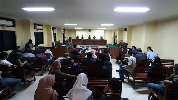 Sidang Putusan Pidana Pemilu di PN Makassar Molor Berjam-jam