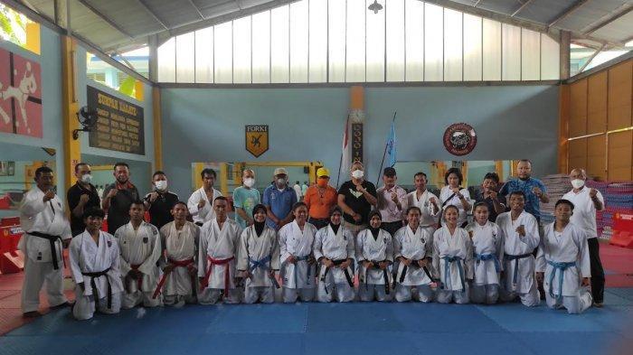 Jelang PON Papua, Tim Karate Sulut Jajal Kekuatan Tim Karate Sulsel