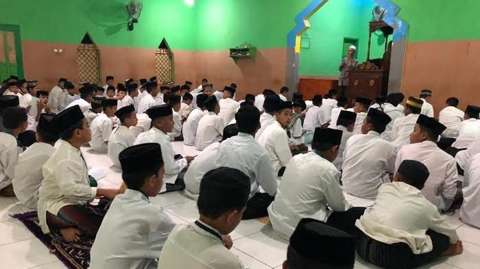 20 Persen Pelajar SD dan SMP di Sinjai Pilih Mendaftar di Pesantren