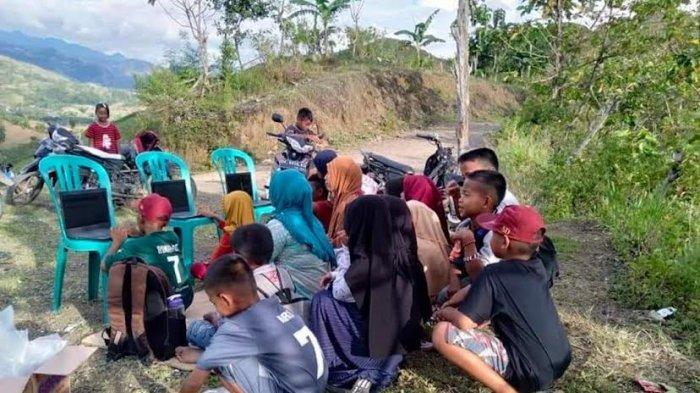 Perjuangan Murid UPT SD Negeri 274 Pinrang Ikut UNBK, Daki Bukit Cari Sinyal