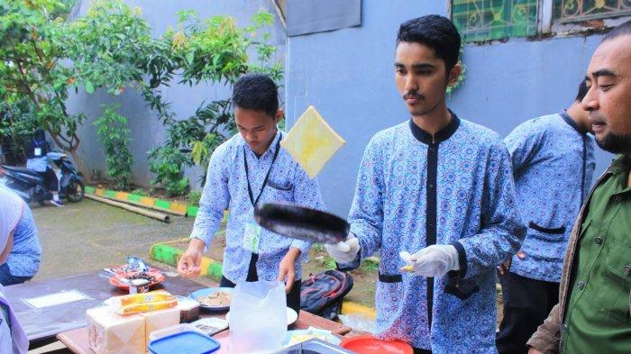 Siswa SMA Al Fityan Gowa Diajar Bisnis Lewat Jualan