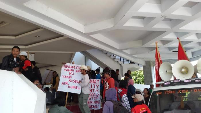 SJPM Tolak Reklamasi Pantai Makassar