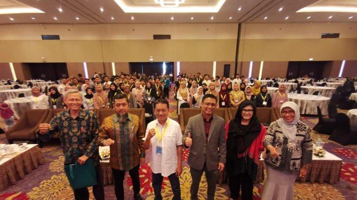 FTI UMI Langsung Bekali Alumni untuk Masuk Pasar Kerja Global - skpi-fti-umi-2-14122019.jpg