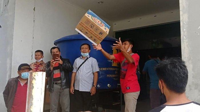 Dua Truk Bantuan Logistik dari SMA dan SMK Mamasa Tiba di Mamuju