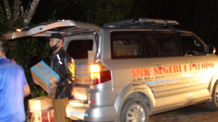 SMKN 1 Palopo Turunkan Bantuan Korban Banjir Bandang di Luwu Utara