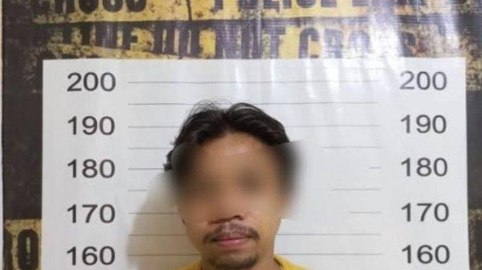 Pencuri di Minimarket Tanjung Alang Ditangkap, Terekam CCTV Selipkan Dua Botol Parfum
