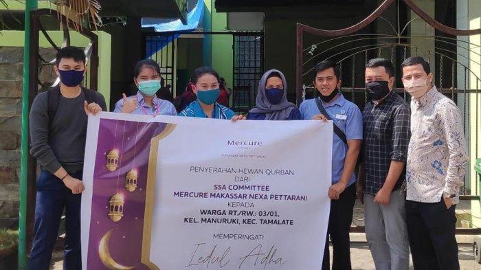 SSA Committee Mercure Makassar Kurban 2 Ekor Kambing