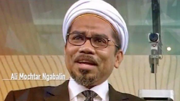 Ali Ngabalin Mengaku Salah Prediksi Reshuffle Menteri Jokowi, Manuver Menteri Nadiem Temui Megawati