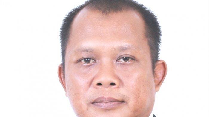 Stakeholder Relation Manager Angkasapura I (AP1) Bandar Udara (Bandara) Sultan Hasanuddin,  Iwan Risdianto.