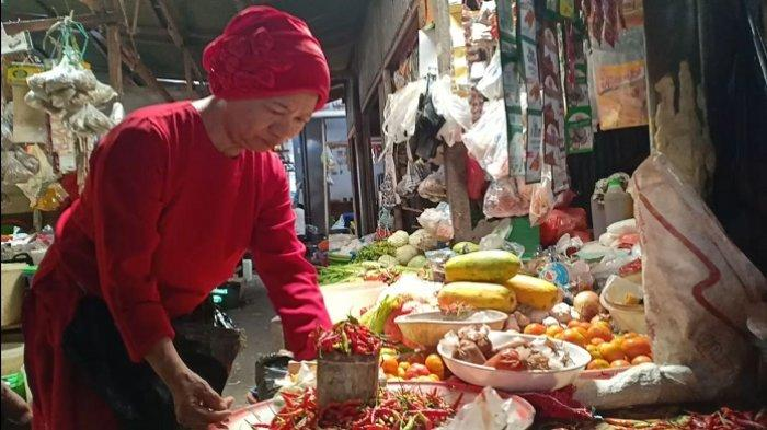 Jelang Tahun Baru Imlek 2020, Harga Cabai Mulai Mahal di Pasar Labukkang Parepare