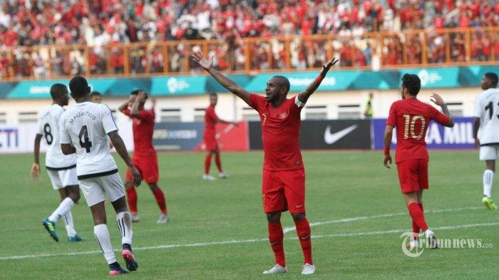 Boaz Salossa Dikabarkan Akan Bergabung dengan Persib Bandung, Ini Kata Pelatih dan Manajemen