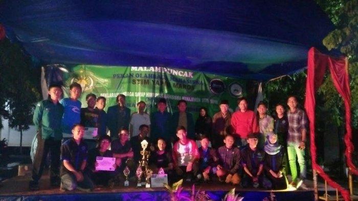 Alumni STKIP Juara Umum Porseni STIM Yapim Maros