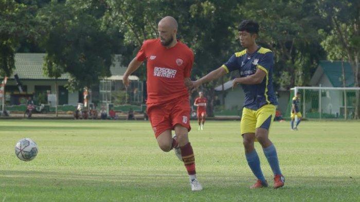 Nyeri Otot Paha, Anco Jansen Tak Dimainkan Saat PSM Laga Uji Coba Lawan Putra Banca FC