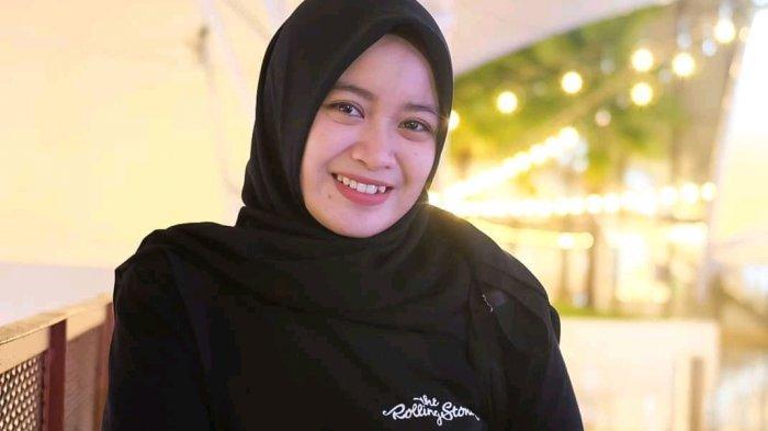Suporter Cantik PSM ini Tagih Janji Andi Sudirman: Jangan Menunda-nunda Bangun Stadion Mattoanging
