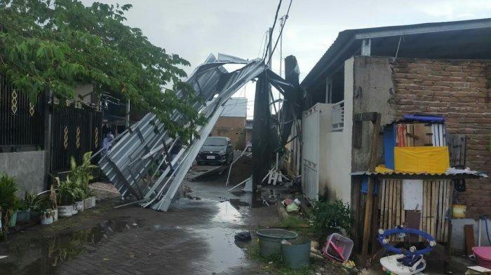 Hujan Deras Disertai Angin Kencang, Lima Rumah Warga di Gowa Rusak