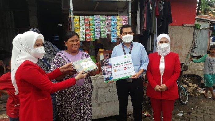 Bank Sampoerna Bagikan 1.700 Paket Buka Puasa di 17 Kota