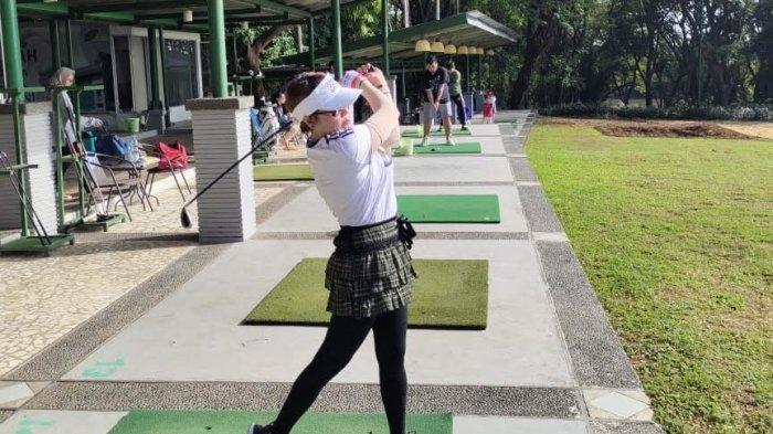 Murah, Sewa Stick di Baruga Driving Range Golf Mulai Rp 20 Ribu