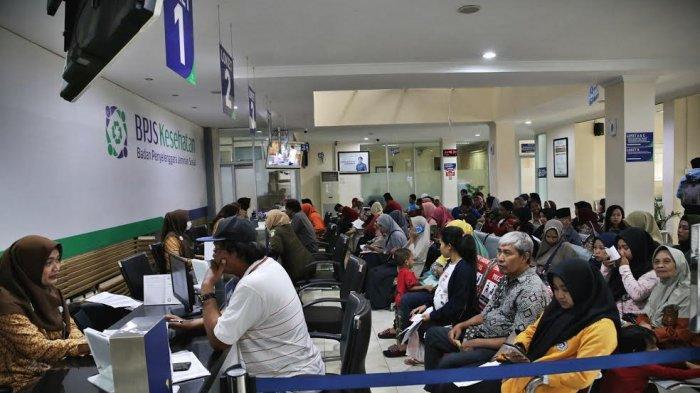 FOTO-FOTO: Suasana Pelayanan di Kantor BPJS Jl AP Pettarani Makassar - suasana-bpjs-kesehatan-di-makassar-1.jpg