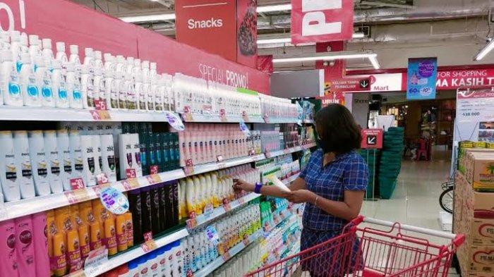 Beli Minyak Goreng 2 Liter Rp 23.900, Beras 5Kg Rp 23.900 di Lotte Mart