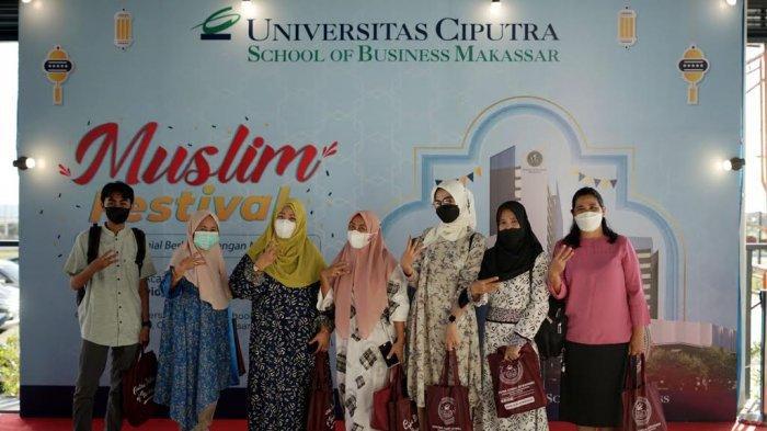 FOTO; Universitas Ciputra School of Business Makassar Gelar Muslim Festival - suasana-event-muslim-festival-saat-memasuki-babak-final-di-universitas-ciputra-school-of-bussines-2.jpg