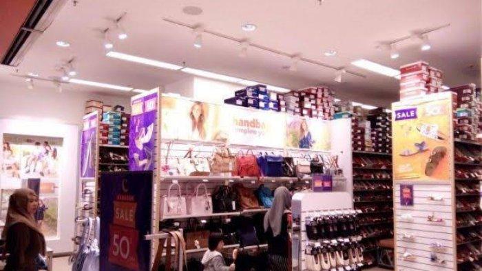 Payless Nipah Mall Beri Potongan 50 Persen, Sandal Santai Sisa Rp 79 Ribu