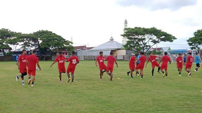 Suasana latihan PSM Makassar persiapan Piala Menpora, Senin (15/3/2021) sore