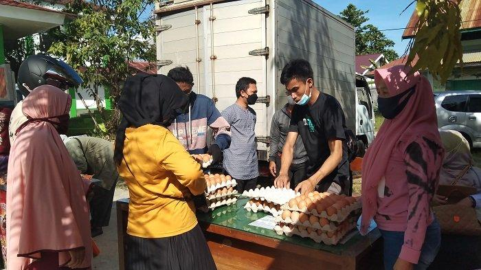 Ada Pasar Murah di Pelataran Kantor Dinas Pertanian Maros, Bawang Putih Hanya Rp 26 Ribu Sekilo