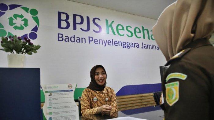 FOTO-FOTO: Suasana Pelayanan di Kantor BPJS Jl AP Pettarani Makassar - suasana-pelayanan-bpjs-di-makassar-2.jpg