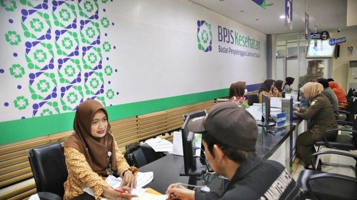 FOTO-FOTO: Suasana Pelayanan di Kantor BPJS Jl AP Pettarani Makassar - suasana-pelayanan-bpjs-di-makassar-3.jpg