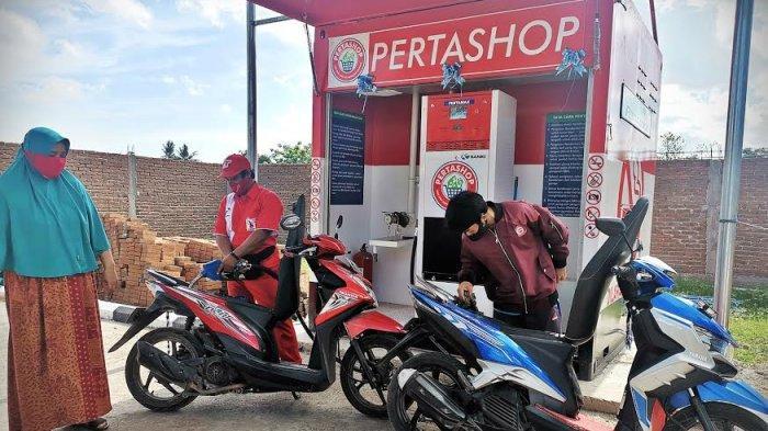 FOTO: Pertashop Sajikan BBM Harga Normal di Pelosok Gowa