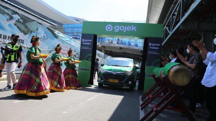 FOTO; GoCar Instan Hadir di Bandara Sultan Hasanuddin - suasana-peluncuran-gocar-instan-yang-berlangsung-di-bandara-internasional-sultan-hasanuddin-4.jpg