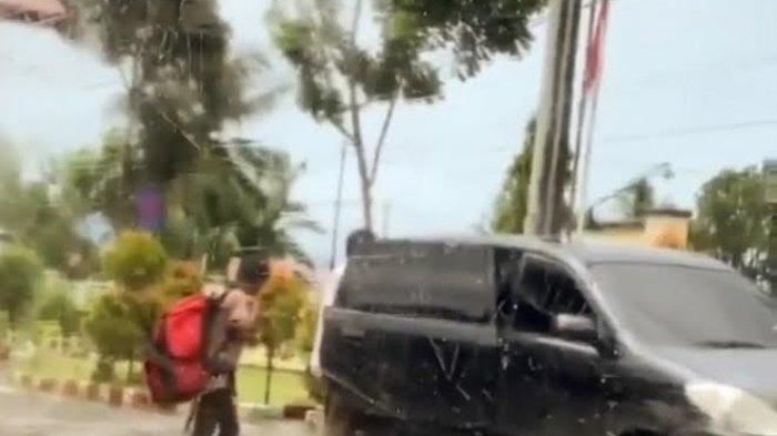 Beredar Dua Video Pengendara Diminta Putar Balik di Tanah Batue Bone, Sempat 'Bersitegang' Petugas