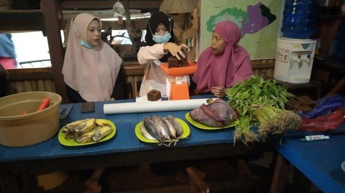 Pemuda Muhammadiyah Maros Diajar Cara Membuat Pupuk Organik Cair