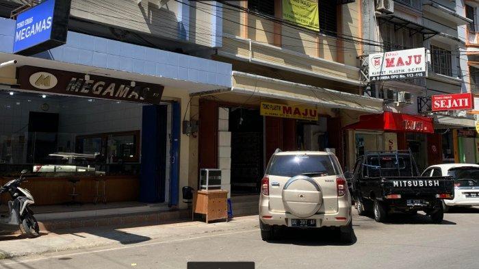 Makassar PPKM Level 4, Toko Emas di Jl Somba Opu Makassar Sepi