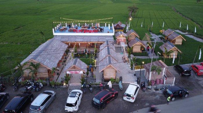 Foto Drone; Rumah Makan Tepi Sawah Sidrap - suasana-rm-tepi-sawah-sidrap-terekam-menggunakan-kamera-drone-tribun-timur-2.jpg