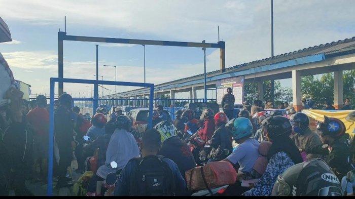 Bayar Rp200 Ribu/Orang, Puluhan Penumpang dari Pelabuhan Bajoe Tak Kantongi Rapid Antigen ke Kolaka