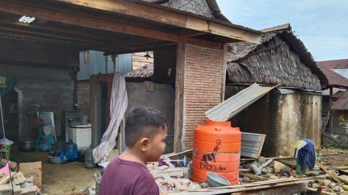Pengungsi Gempa Sulbar: Kami Bahagia Listrik Kembali Menyala