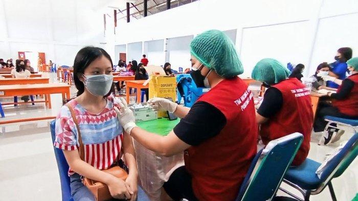 Persiapan Sekolah Tatap Muka, Pelajar di Tana Toraja Mulai Divaksin Covid-19