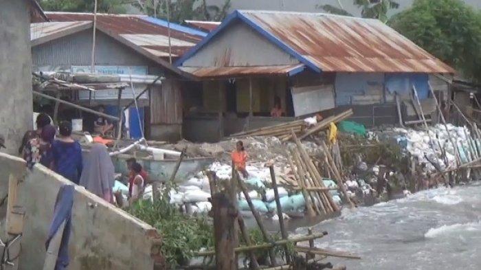 Puluhan Rumah di Takalar Rusak Akibat Abrasi