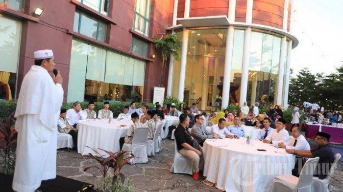 FOTO: Suasana Buka Puasa Bersama Aryaduta Makassar, PHRI dan Media - suasana8.jpg