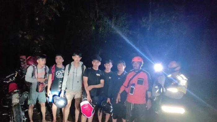 Hendak Berkemah di Selebes Canyon Barru, Enam Wisatawan Asal Makassar Terjebak Banjir