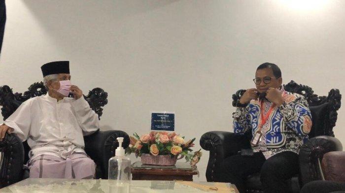 PJ Walikota Makassar Bertamu, AGH Sanusi Baco: Agama Meminta Kita untuk Bersabar